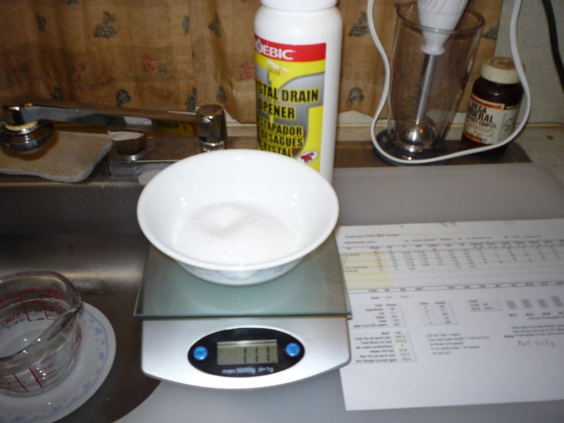 lye powder in bowl on scale